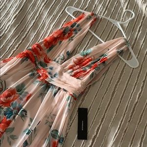Lulu's Pink Floral Maxi Dress size small